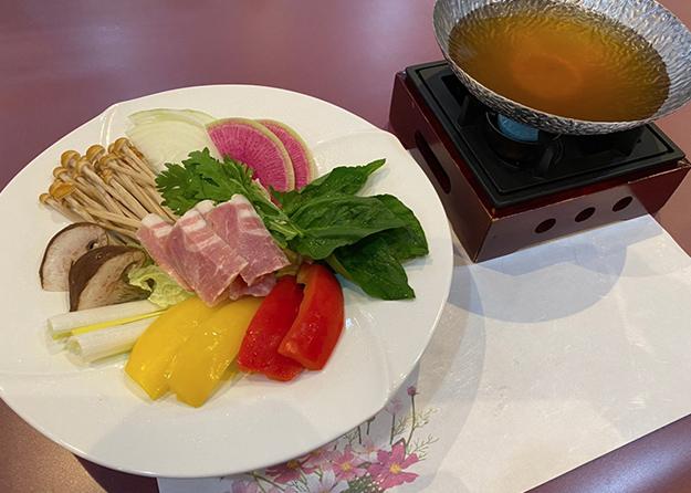野菜色々和風コンソメ鍋コース